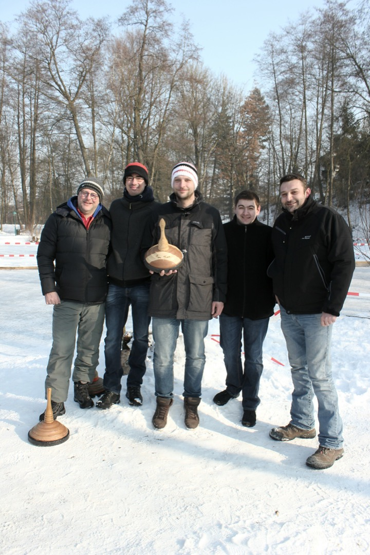 Vereinsmeisterschaft im Eisstock schießen